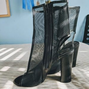 LILIANA, Mesh Black Heels